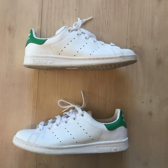 le adidas stan smith di donne whitegreen sz 85 poshmark